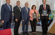 Ważna umowa na dostawę autobusów zawarta podczas TRANSEXPO w Kielcach