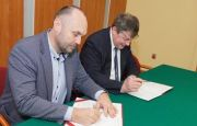 AGREEMENT BETWEEN TARGI KIELCE AND THE URBAN EMPLOYMENT AGENCY