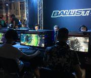 Setki fanów gier komputerowych wTargach Kielce