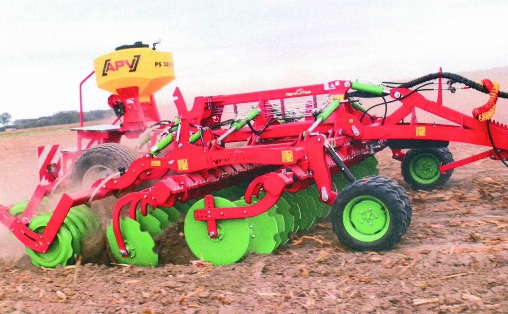 agrotech 2018 - maszyna rolnicza roku 2017 - AGRO-TOM