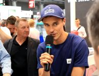Piotr Żyła w Targach Kielce podczas wystawy PLASTPOL - spotkanie z fanami