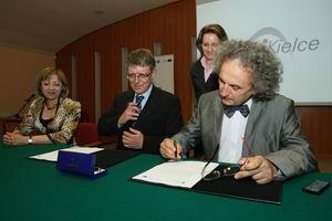2009_05_19_podpisanie_umowy