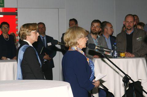 W spotkaniu uczestniczyła między innymi: (od lewej) Isolde Felskau, zastępca Konsula Generalnego Republiki Federalnej Niemiec w Krakowie oraz Maria Montowska, dyrektor z Polsko-Niemieckiej Izby Przemysłowo-Handlowej w Warszawie
