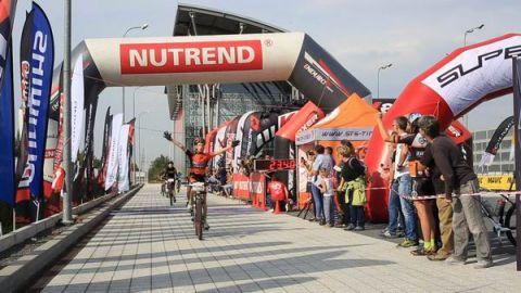 Międzynarodowe Targi Rowerowe to wydarzenie, które co roku przyciąga do Targów Kielce kilka tysięcy miłośników rowerów. Dużą część z nich stanowią sympatycy wyścigów rowerowych