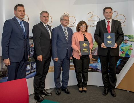 W Targach Kielce, podczas TRANSEXPO podpisano umowę pomiędzy MPK Kraków a firmą Solaris, na dostawę 20 autobusów elektrycznych