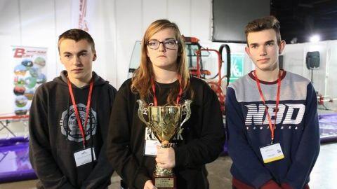 Drużyna z Zespołu Szkół Centrum Kształcenia Rolniczego w Sichowie Dużym wygrała pierwszy Konkurs Kalibracji Opryskiwaczy, który odbył się w Targach Kielce, podczas Targów HORTI-TECH 18 listopada
