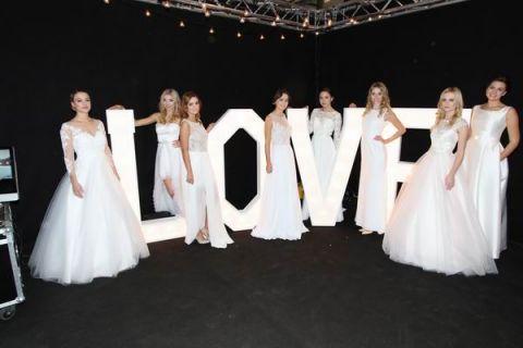 Trendy weselne 2017 prosto z targów Modny Ślub