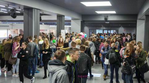 Giełda Szkół i Uczelni podpowiada uczniom i studentom z regionu świętokrzyskiego, jak efektywnie kierować swoją ścieżką edukacji