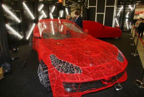 Ażurowe Ferrari można oglądać podczas kieleckich Dni Druku 3D odbywających się w ramach Przemysłowej Wiosny w Targach Kielce