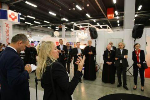 Claudia Henzler, podczas oficjalnego otwarcie wystawy w pierwszym dniu SACROEXPO opowiedziała o swoich inspiracjach