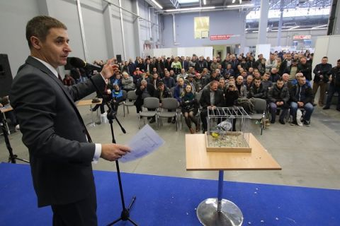 The Carrier Pigeons Charity Auction staged in Targi Kielce have always generated a huge   interest