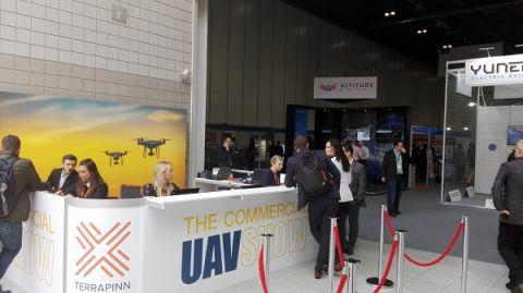 Na Commercial UAV Show nie mogło zabraknąć przedstawicieli Targów Kielce i firmy Nadowski, którzy promowali International Drone Event – annual.
