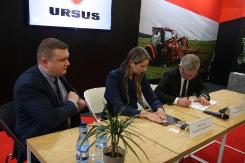 W trakcie targów AGROTECH Ursusu podpisał umowę z Mesko-Rol