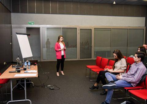 Uczestnicy warsztatów w Targach Kielce dowiedzieli się dlaczego ważne jest zachowanie  spójności w tym procesie i w  kolejnych działaniach,