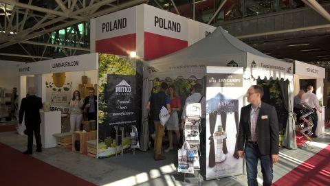Podczas targów Tanexpo2017 na polskich stoisku narodowym przezentowało się 7 firm oraz Targi Kielce wraz z Polską Izbą Pogrzebową.