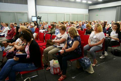 Ubiegłoroczne, bezpłatne targi AtoPsoriaDerm odwiedziło ponad 400 osób z wielu rejonów Polski.