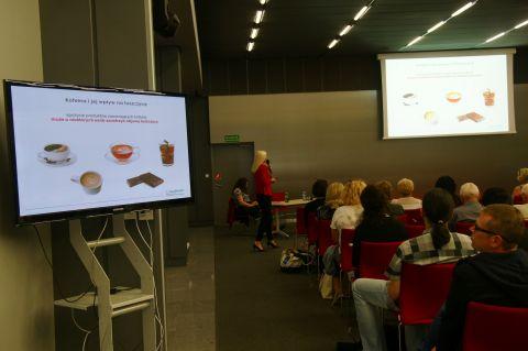 Konferencja w Targach Kielce z wykładami lekarzy, psychologów jest wyjatkowym wydarzeniem dla pacjentów chorych na łuszczycę, AZS i ŁZS.