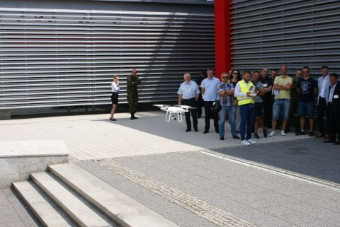 DJI drones demonstrations attracted a lot of interest from the IDEa guests