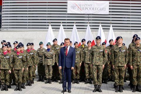 Minister Obrony Narodowej Mariusz Błaszczak rozpoczął rok szkolny klas mundurowych
