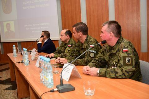 Targi Kielce znów goszczą konferencję Biznes z wojskiem to pewne pieniądze