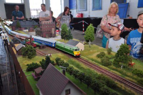 Aż 90 metrowy model kolejowy stanie w Targach Kielce podczas Model Kit Expo.