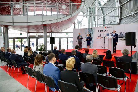 Podczas uroczystości otwarcia Targów Euro-Lift oraz Locum Expo w Targach Kielce.