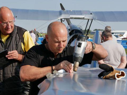 Pokazy opłótniania samolotów będa towarzyszyć Targom Lotnictwa Lekkiego w Targach Kielce.