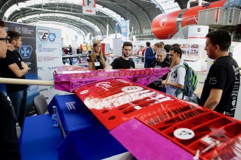 Podczas Targów Lotnictwa Lekkiego 2018 prezentuje się ponad 50 firm z Polski, Niemiec i Włoch.