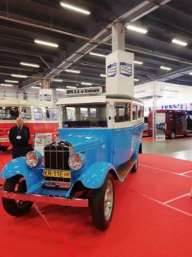 Autobus Durant Rugby z 1929 r. przetrwał nawet II Wojnę Światową. Teraz można go podziwiać w Targach Kielce.