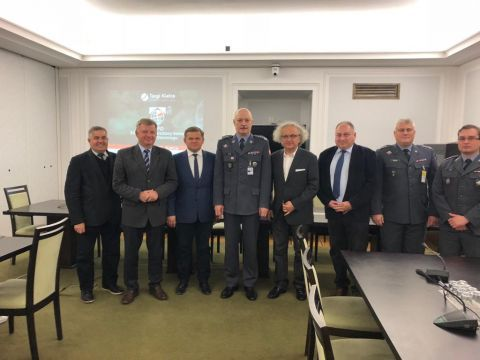 The Senate Committee of National Defence invited Andrzej Mochon PhD., president of Targi Kielce to attend the meeting devoted to MSPO in Targi Kielce