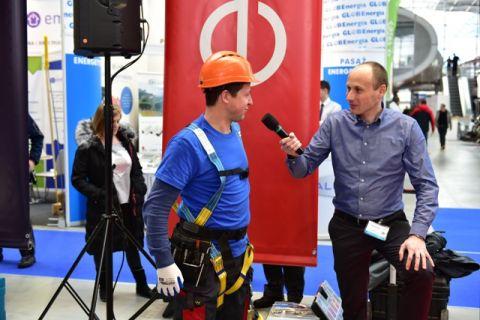 Pracownicy OZE podczas targów Enex Nowa Energia w Targach Kielce