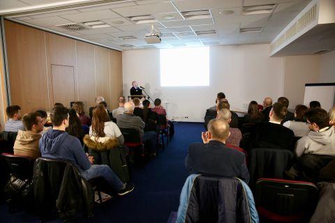 Seminarium poświęcone obróbce laserowej cieszy się ogromnym zainteresowaniem gości Targów STOM-LASER