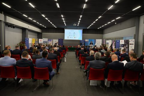 """Energy efficiency in the gas supply chain"" was organised by the Chamber of the Natural Gas Industry. The meeting was held in Targi Kielce"