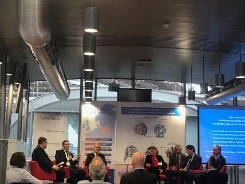 Tworzywa sztuczne pod presją - debata panelowa w ramach targów PLASTPOL