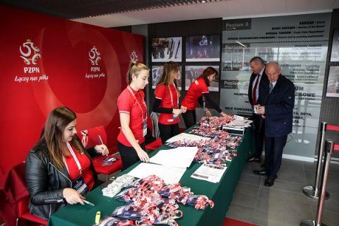 """PZPN szuka wolontariuszy na Konferencję """"Bezpieczny Stadion"""""""