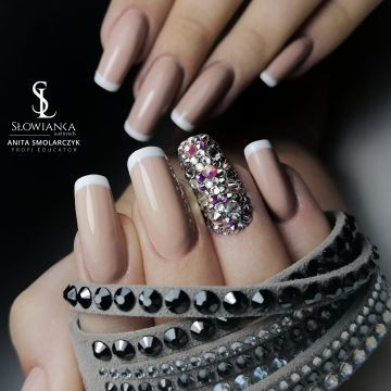 NAIL STYLING SHOW AT THE INTERNATIONAL HEALTH AND BEAUTY EXPO