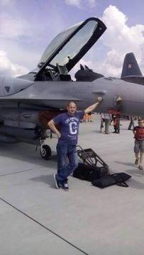 Polskie Nasze F16