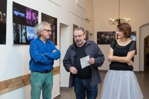 From the left:  Andrzej Mochoń, Targi Kielce President, Jerzy Znojek, Director of the Pińczów Regional Museum Iwona Senderowska, director of Local Government Culture Centre, photo by   Alicja Mazurek