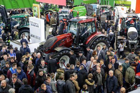 targi rolnicze agrotech 2018 - ciągniki, traktory