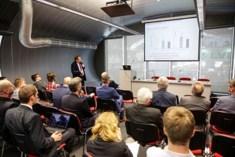 Seminars and conferences are a perfect complement to the STOM exhibition