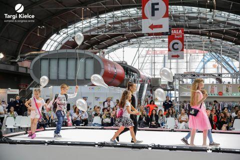 pokaz mody dziecięcej na targach fashion for kids 2018
