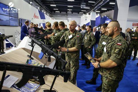 mspo - wystawa uzbrojenia, broń, karabiny