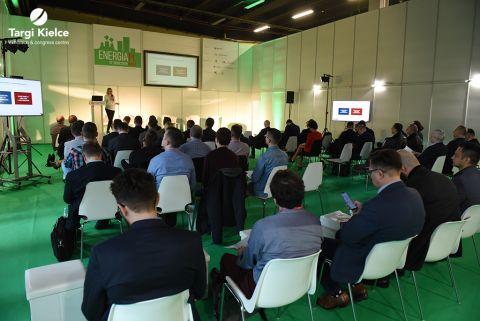 konferencja na targach energetyki enex